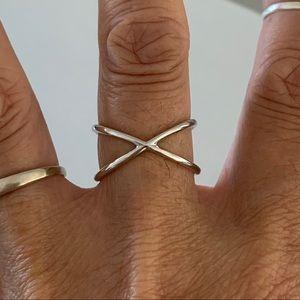 Jewelry - Sterling Silver Crisscross Plain Ring